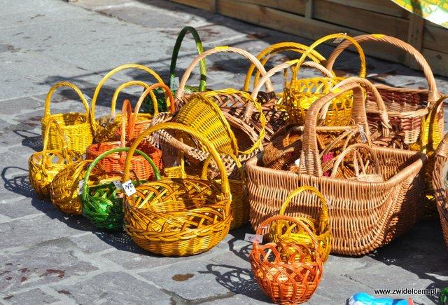 Kraków - Festyn Wiosenny Mały Rynek - koszyki