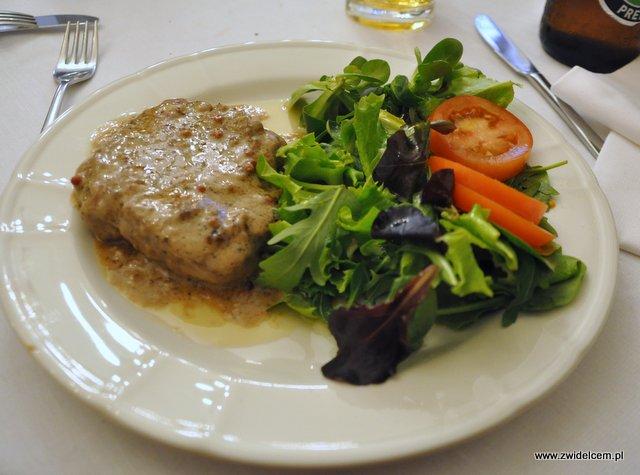 Parma - Trattoria Ronzoni - polędwica pepe rosso z sałatą