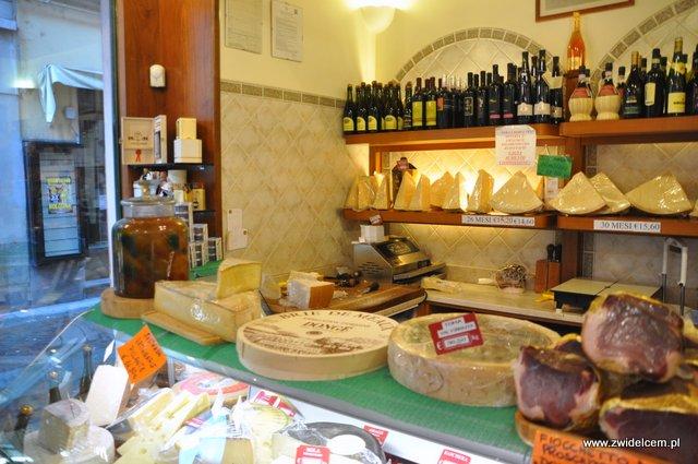 Parma - sklep Rastelli - lada