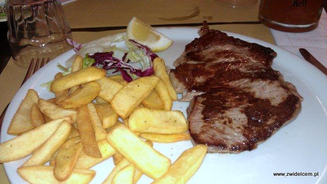 Bolonia - Osteria della'Orsa - stek z polędwicy