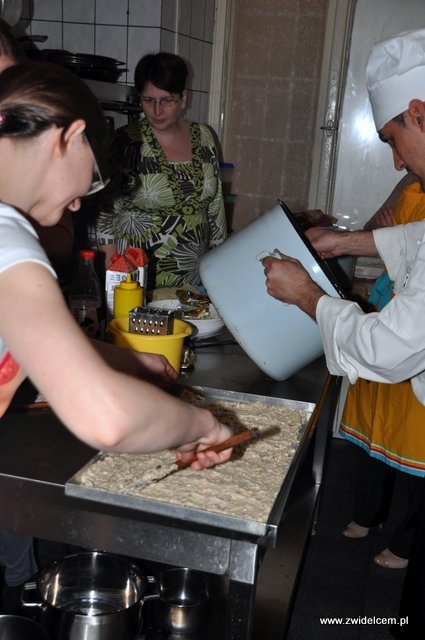 Kraków - Valparaiso - warsztaty tapas - chłodzimy masę na krokiety