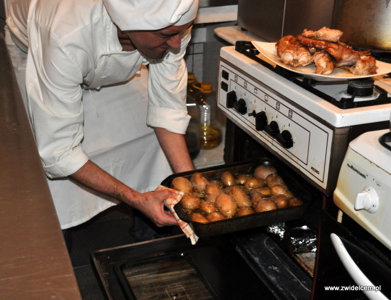 Kraków - Valparaiso - warsztaty dań duszonych - ziemniaki z piekarnika
