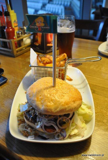 Kraków - Chick'n'Champs - Buffalo burger z frytkami
