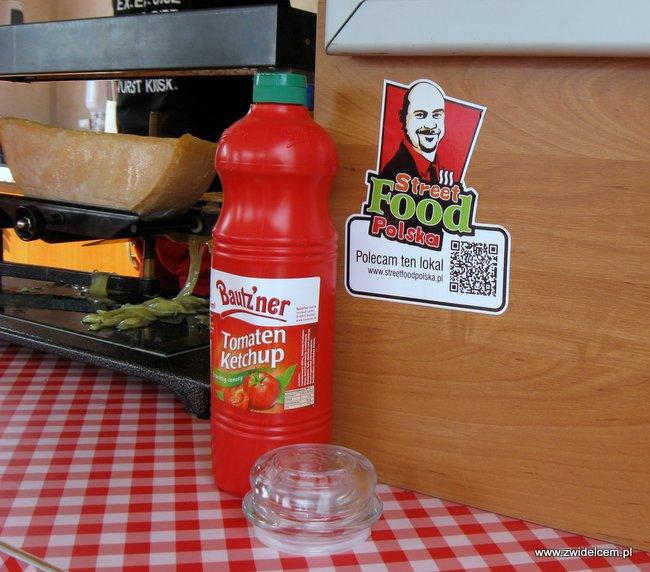 Warszawa - Street Food Festival - Wurst Kiosk - keczup