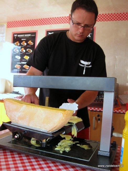 Warszawa - Street Food Festival - Wurst Kiosk - raclette