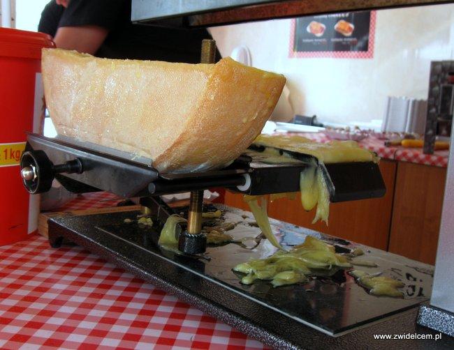 Warszawa - Street Food Festival - Wurst Kiosk - szwajcarskie raclette