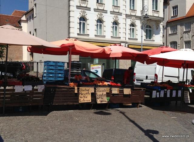 Morawy - Brno - Zelný trh - Owoce