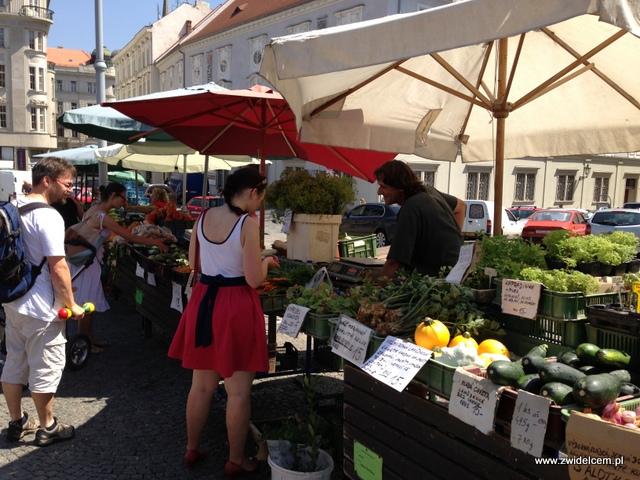 Morawy - Brno - Zelný trh - Stoisko