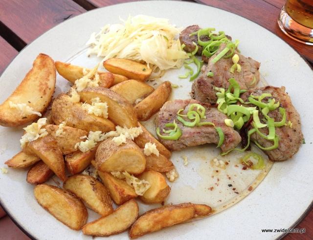 Morawy - Brno - Restaurace U Kotvy- Medaliony z polędwicy wieprzowej z łodeczkami