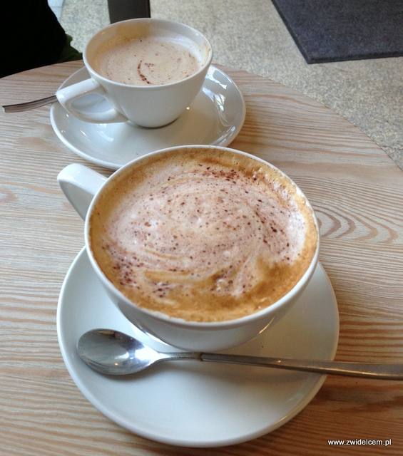Kraków - Coffee Club - cappuccino