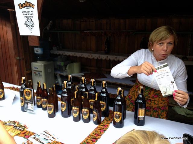 Kraków - Plac Wolnica - Małopolski Festiwal Smaku - piwo zadyma