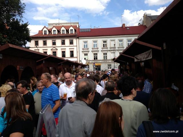 Kraków - Plac Wolnica - Małopolski Festiwal Smaku - ludzie
