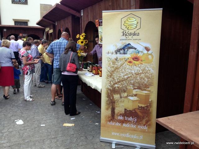 Kraków - Plac Wolnica - Małopolski Festiwal Smaku - sądeckie miody