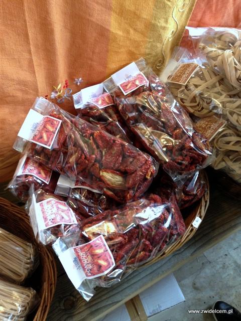 Piza - Targ Kalabryjski - suszone pomidory