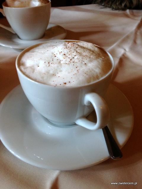 Kraków - Delecta - cappuccino z cynamonem