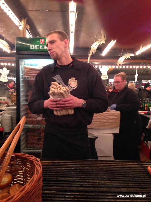 Berlin - weihnachtsmarkt charlottenburg - bratwurst