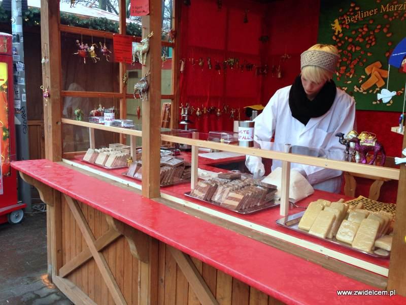 Berlin – Weihnachtsmarkt am Alexanderplatz - marcepan
