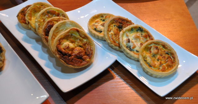 Kraków - Magiczny Foodstock - Brasserie Sztuka - tarty z łososiem i kozim serem