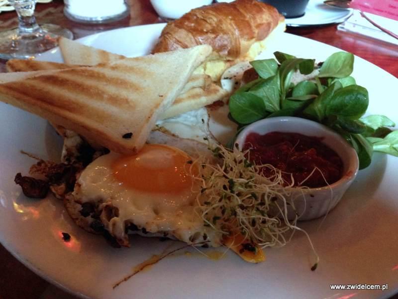 Kraków - Moment - śniadanie jesienne