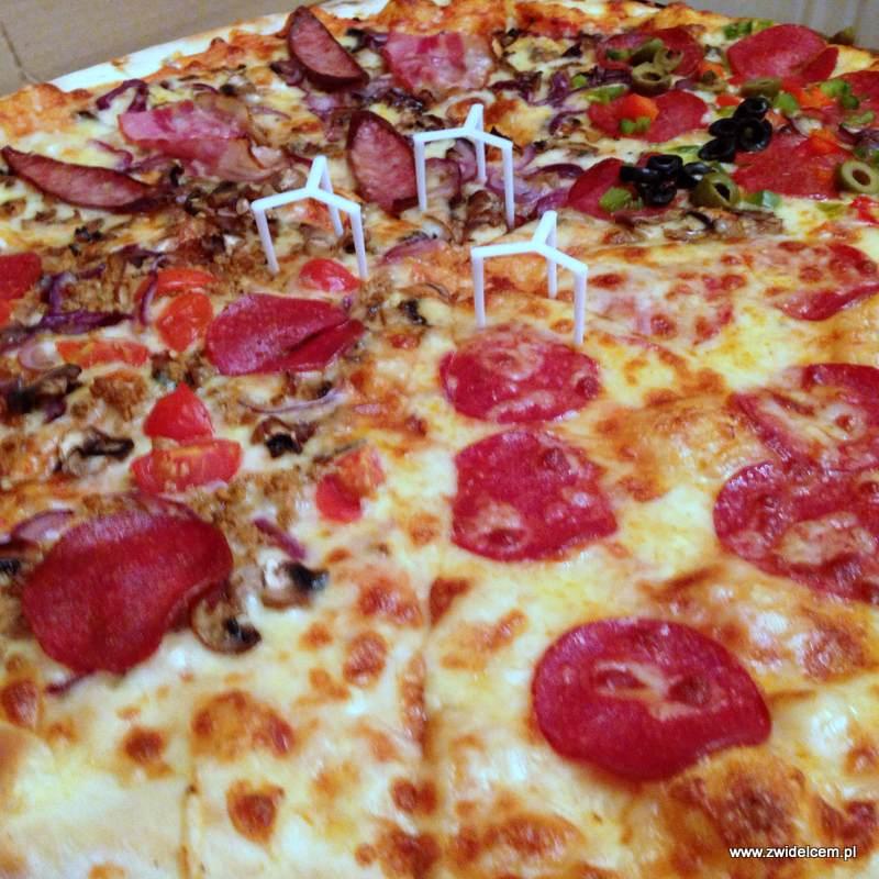 Kraków - Apetyt Bistro - pizza 4x4