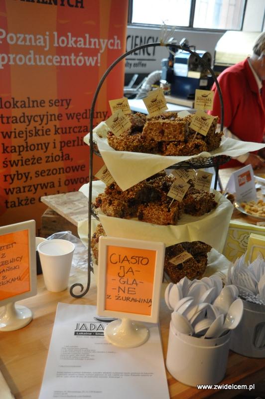 Kraków - Małe Najedzeni Fest! Kipi kasza, kipi groch - Jadalnia - ciasto jaglane