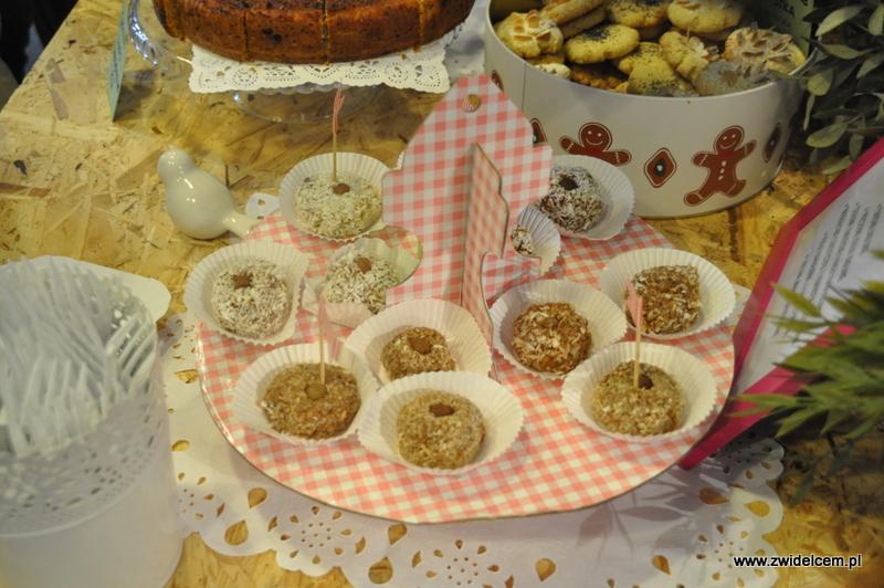 Kraków - Małe Najedzeni Fest! Kipi kasza, kipi groch - ciastka jaglane od Book Me a Cookie