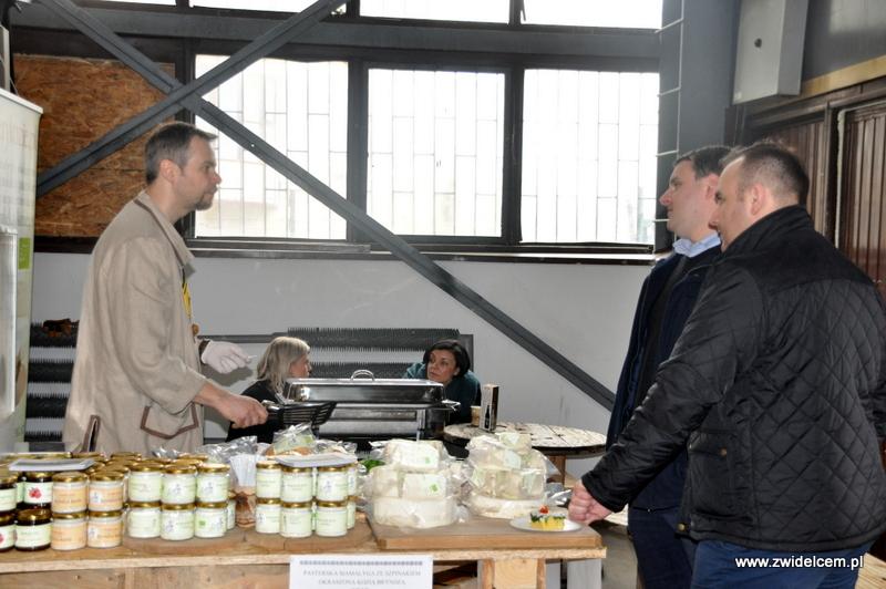 Kraków - Małe Najedzeni Fest! Kipi kasza, kipi groch - kozie sery