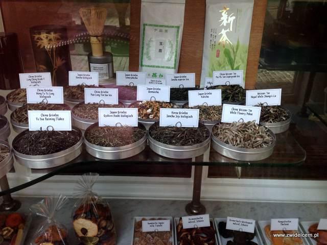 Zurich - sklep kolonialny - herbaty