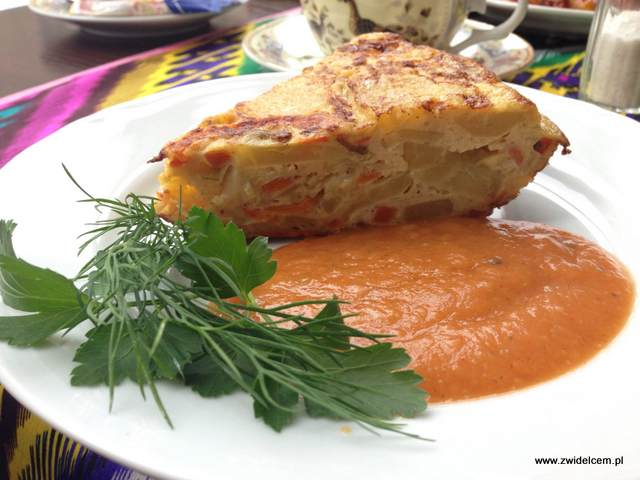 Kraków - Restauracja uzbecka Samarkand - Qoplama ciasto z ziemnaków cebuli jajek i marchewki