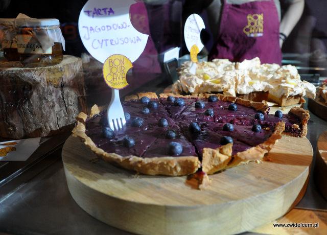 Kraków - Foodstock BBQ - Bonjour Cava - tarta jagodowo - cytrusowa