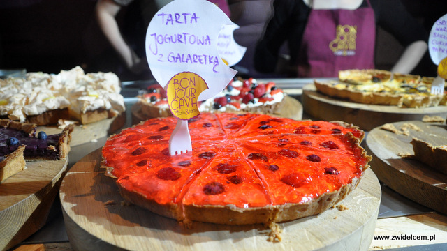 Kraków - Foodstock BBQ - Bonjour Cava - tarta jogurtowa
