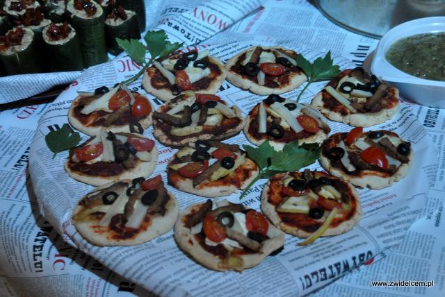 Kraków - Foodstock BBQ - Otwarte Klatki - wegańska pizza