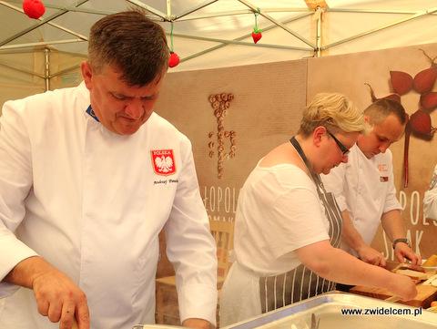 Stary Sącz - Małopolski Festiwal Smaku - kucharze i blogerzy przy pracy