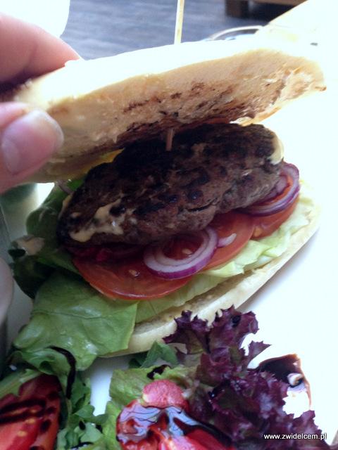 Kraków - Atelier - burger od środka