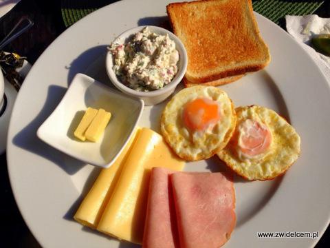 Kraków - Le Scandale -śniadanie polskie