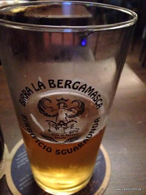 IMG_7405Bergamo - La biberia di Citta Alta - birra la bergamasca