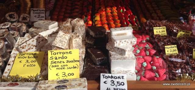Bergamo - Villaggio Di Natale - jarmark bożonarodzeniowy - pturron