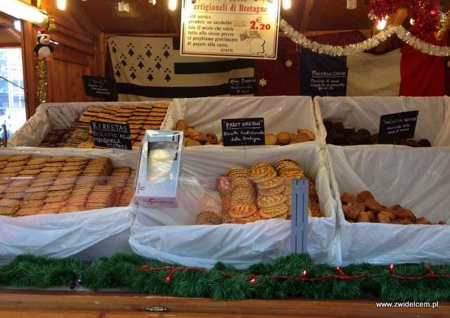 Bergamo - Villaggio Di Natale - jarmark bożonarodzeniowy - ciastka z Bretanii
