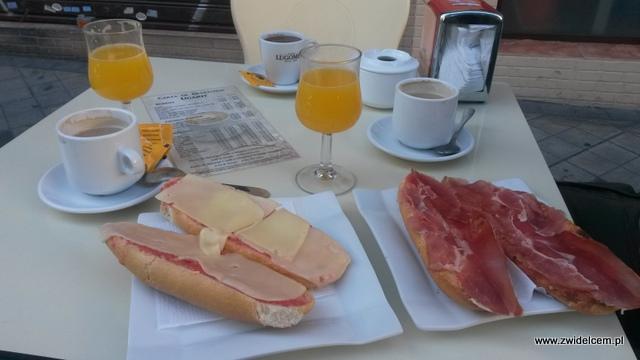 Hiszpania - Granada - Cafeteria Ugarit - śniadanie