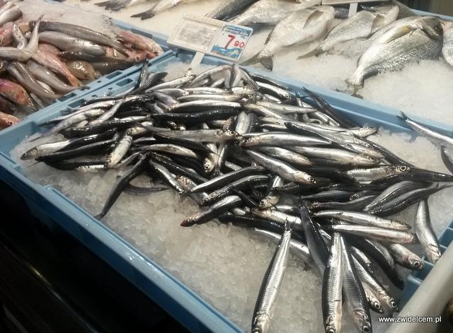 Hiszpania - Alicante - Mercado Central - srebrne ryby
