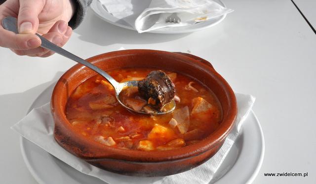 Hiszpania - Gibralar - Dolphins Bar - callos - hiszpańskie flaczki