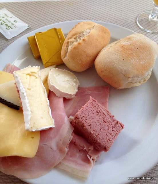 Hiszpania - Benalmadena - Hotel Casa Rosa - csery i wędliny