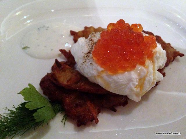 Kraków - Miodova - Placki z ziemniaków, z kwaśną śmietaną, jajkiem i kawiorem z łososia