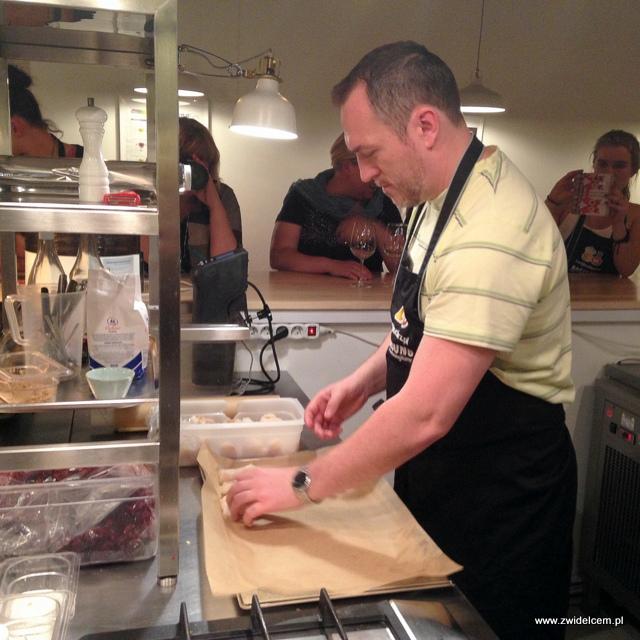 IKraków - Twój Kucharz - przygotowanie żabnicy