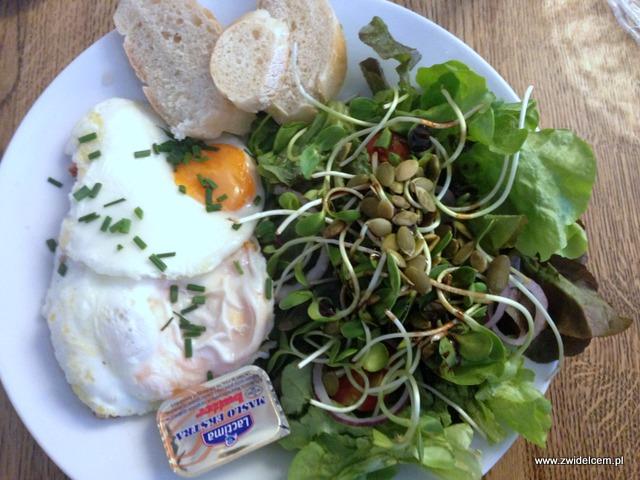Kraków - Wesoła Cafe - jaja sadzone na bekonie
