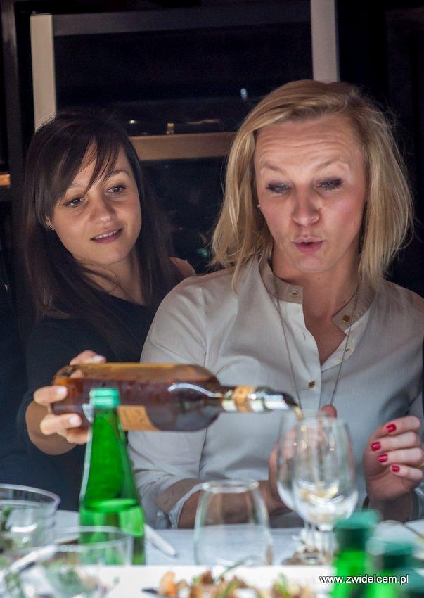 Kraków – Enoteka Pergamin – Kobiety i Wino – degustacja – Bożena Dragosz - Kasia Puk - rozlewanie Toro Albalá Don P.X. 2012