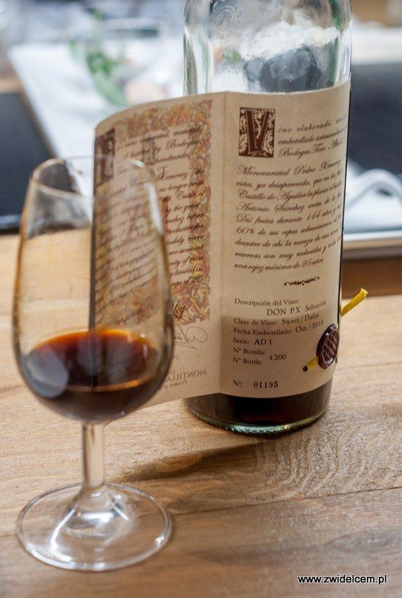 Kraków – Enoteka Pergamin – Kobiety i Wino – degustacja – 1955 Toro Albala Don PX Convento - butelka z rozwijaną etykietą