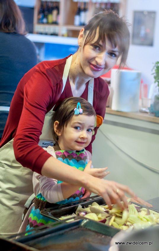 Kraków - Studio Twój Kucharz - Kampania na rzecz ochrony różnorodności biologicznej mórz i oceanów - Basia z córką