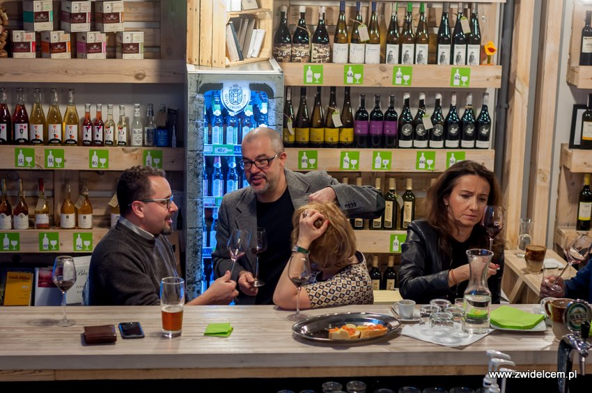 Kraków - degustacja win z Toledo - Terra Felix - Lipowa 6F - Krako Slow Wines - rozmowy i degustacja