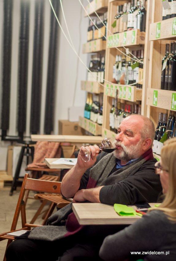 Kraków - degustacja win z Toledo - Terra Felix - Lipowa 6F - Krako Slow Wines - degustacja wina czerwonego